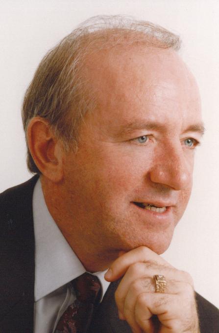 Dr. André Vachon