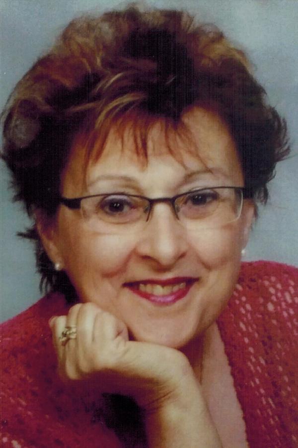 Yvonne Lapointe