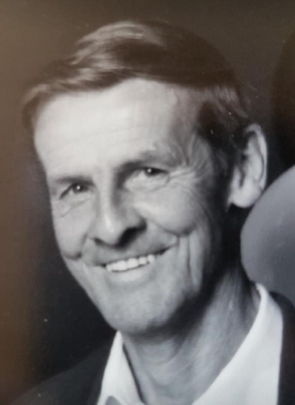 Lance Paxton